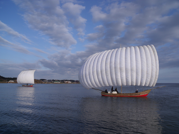 観光帆引船